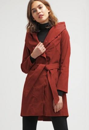 Tässä on kevään muodikkain takki!
